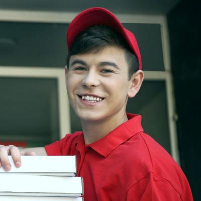 Подросток на работе