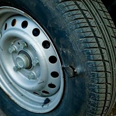 устранить прокол колеса