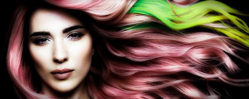 разноцветные крашенные волосы